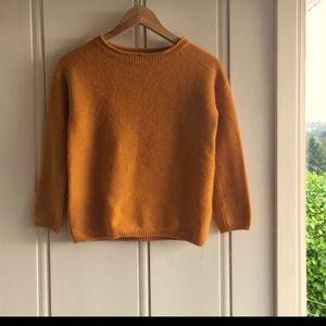Aritzia Babaton cashmere sweater